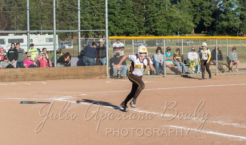 NBHS Softball - 0595