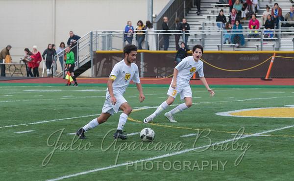 170921 NBHS Boys Soccer - 0433