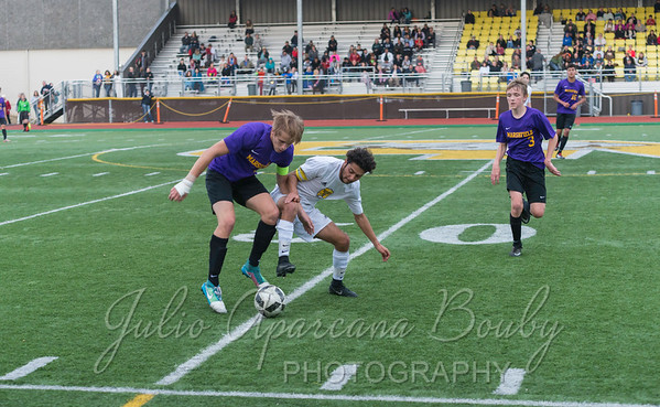 170921 NBHS Boys Soccer - 0440