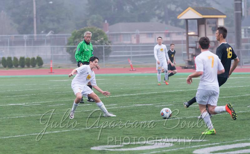 171028 NBHS Boys Soccer - 0436