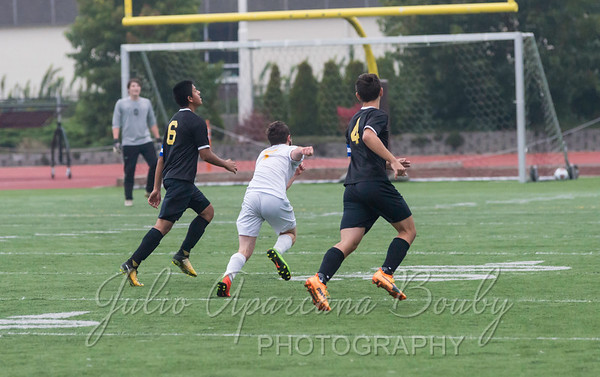 171028 NBHS Boys Soccer - 0462