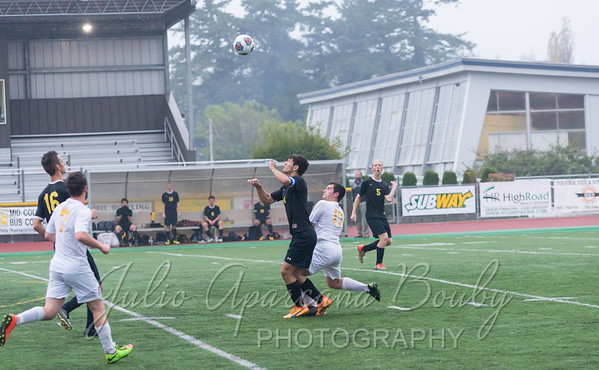 171028 NBHS Boys Soccer - 0450