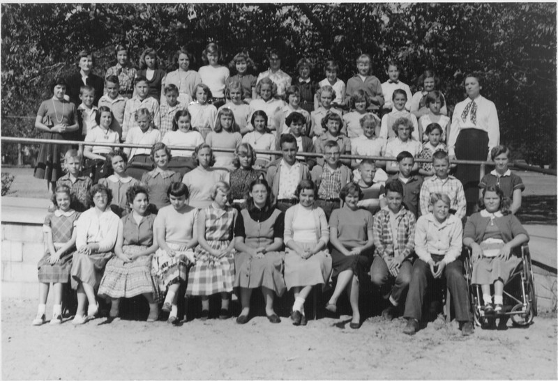 NES Chorus 1955-56<br /> <br /> photo courtesy of Lou Houston Perryman