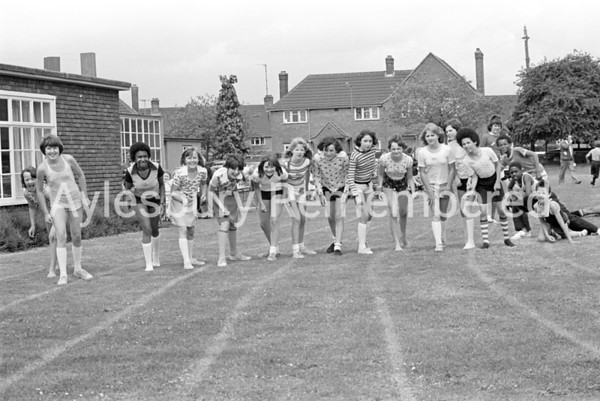 Oak Green County Junior School sports, June 1978