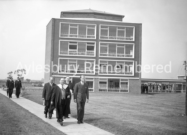 Official Opening of Quarrendon School, June 13th 1958