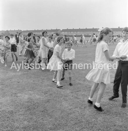 Country dancing at Quarrendon School, June 1966