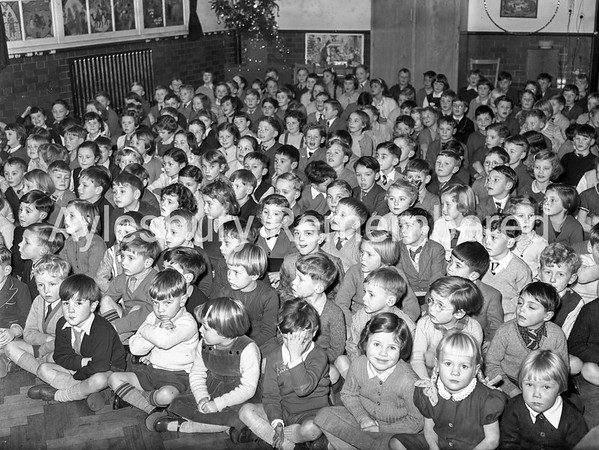 Queens Park School carols, Dec 11 1957