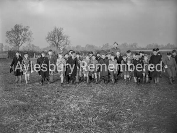 Queens Park School visit to County Farm, Nov 1956