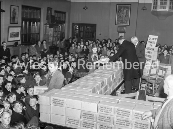 Food parcels from Australia for Queens Park School, Jan 1951