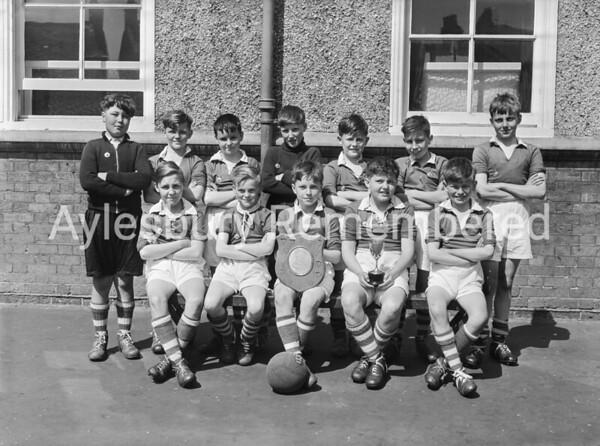 Queens Park Junior School football team, May 1956