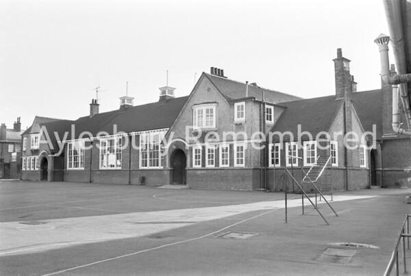 Queens Park Junior School, Feb 1976