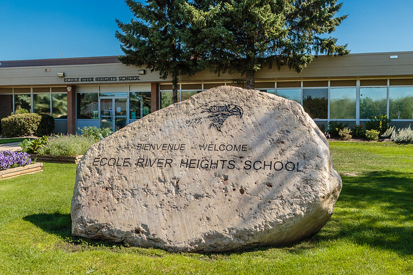 Ecole River Heights School