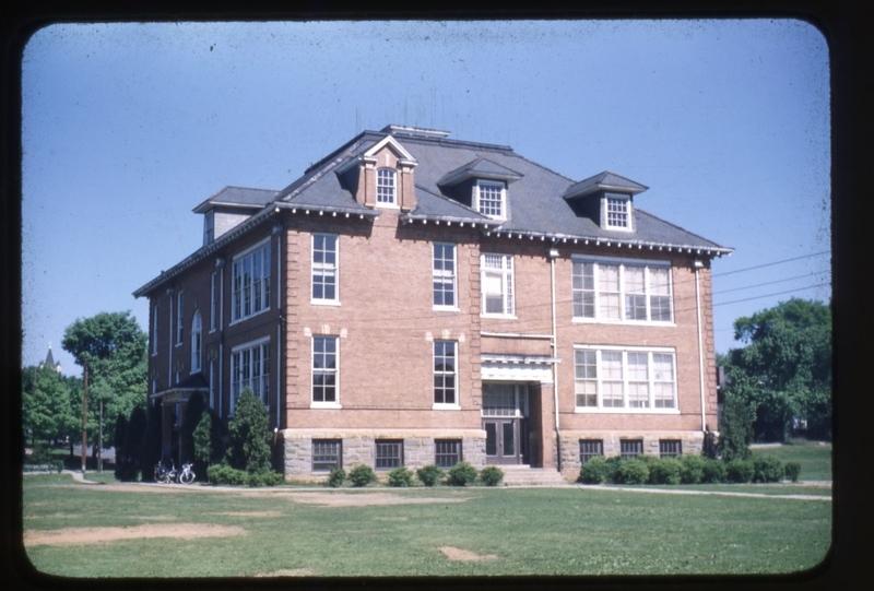 Ruffner Elementary School  (09697)