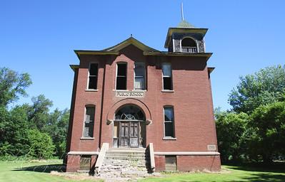 Louisburg Public School - Louisburg, MN (1911)