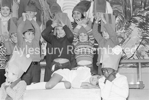 Southcourt Infant School nativity, Dec 1973