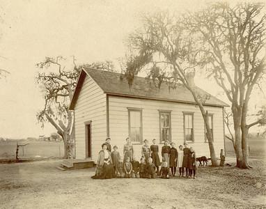 Linne School, 1885-1895.  #1976.009.001