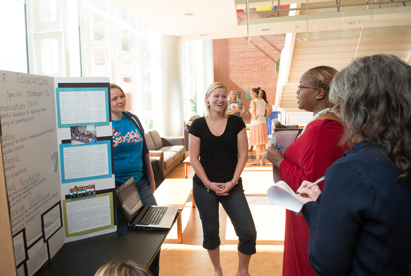 Students present final research presentations. Photo by Evan Cantwell/Creative Services/George Mason University
