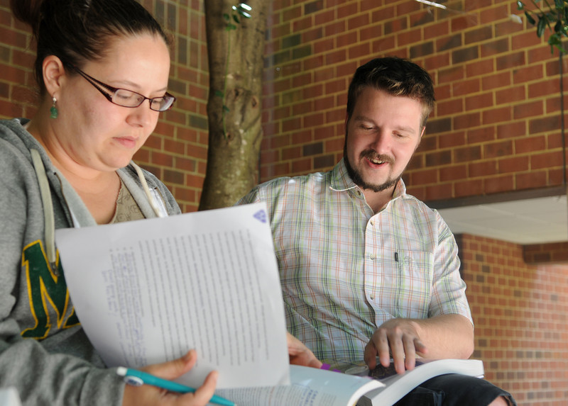 110630109e - Teachers take part in FAST TRAIN programs through CEHD.