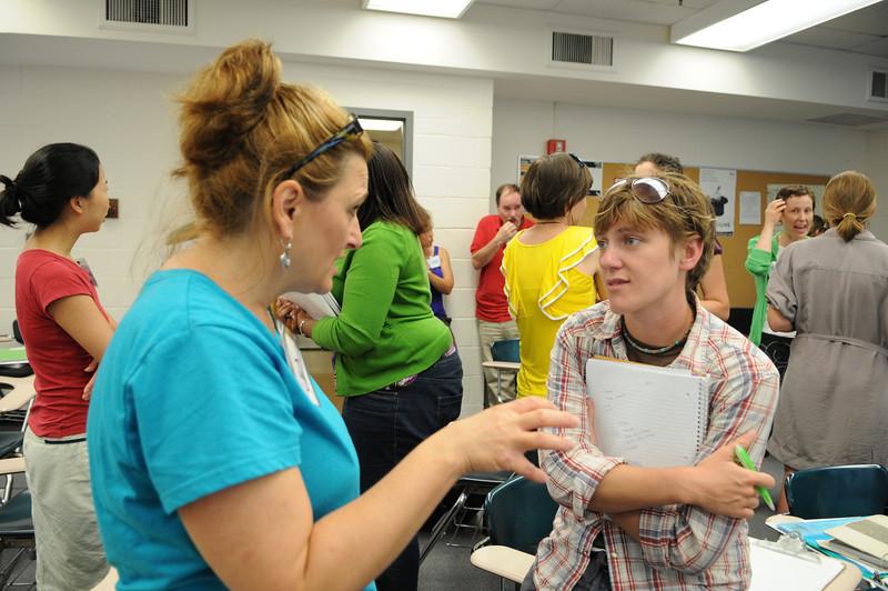 110711056 - Teachers take part in FAST TRAIN programs through CEHD.
