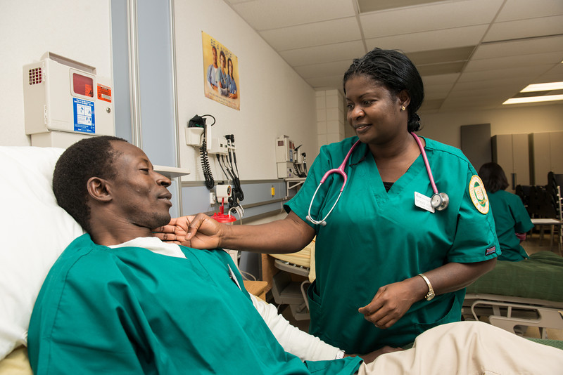 Nursing student Patience Adjaho gets hands-on experience in clinical labs. Photo by Evan Cantwell/George Mason University
