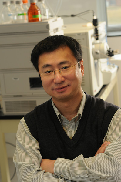 Zhou, 110224234, Weidong Zhou, Research Assistant Professor, Center for Applied Proteomics and Molecular Medicine, COS