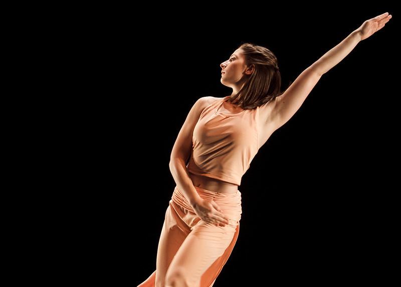 Dance Spring Gala photo session. Photo by Craig Bisacre/Creative Services/George Mason University