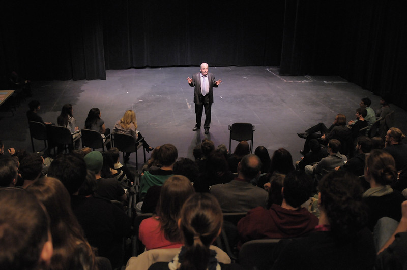 Stacy Keach masterclass with George Mason University theater students.  Photo by Creative Services