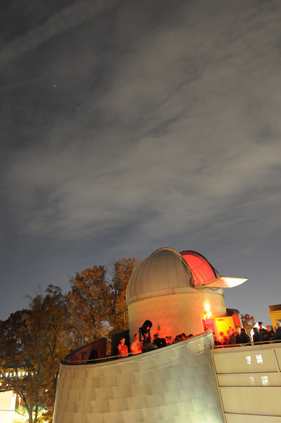 Students tour the Research Hall observatory tower. Photo by Evan Cantwell/Creative Services/George Mason University