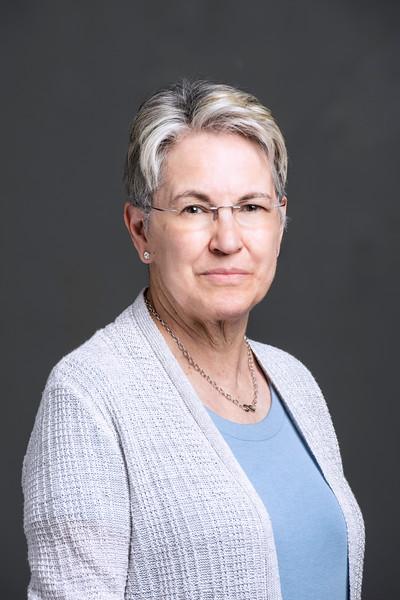 Kathleen Alligood, Associate Dean/Math Professor, Honors College.  Photo by:  Ron Aira/Creative Services/George Mason University