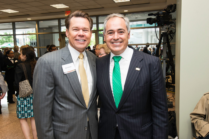 Ángel Cabrera and David Rehr at the Antonin Scalia Law School Dedication.  Photo by:  Ron Aira/Creative Services/George Mason University