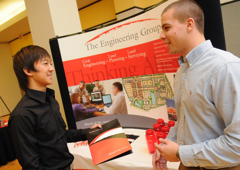 e101119157 - Civil engineering career fair. Photo by Evan Cantwell.