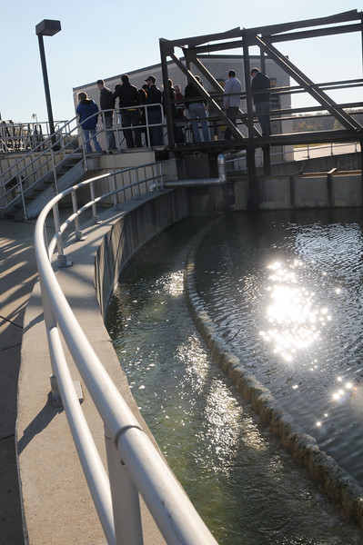 Civil Engineering students tour water treatment plant.