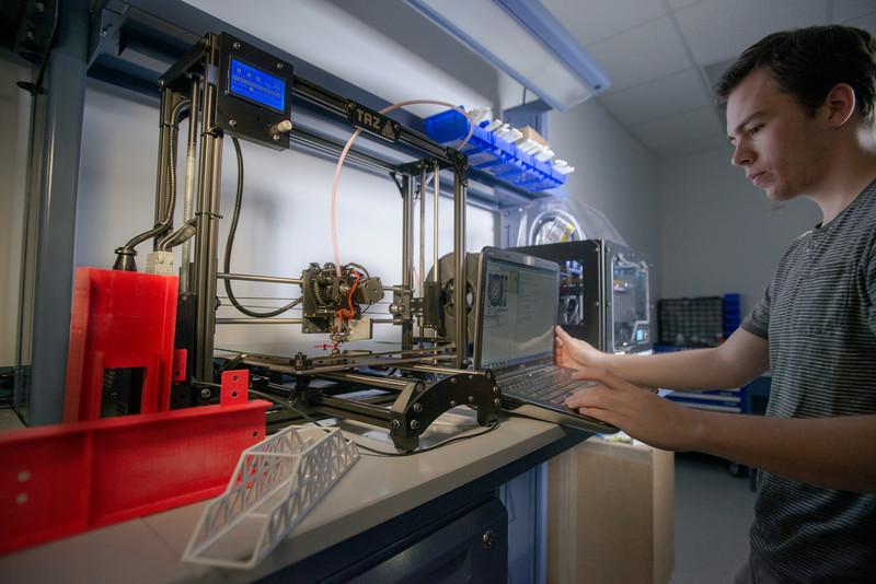 Lattanzi 3-D printer lab