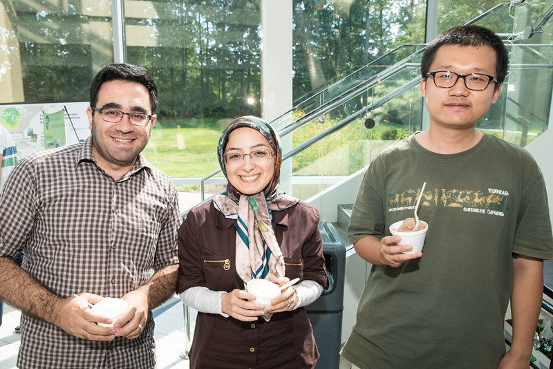 Volgenau School of Engineering Ice Cream Social.   Photo by:  Ron Aira/Creative Services/George Mason University