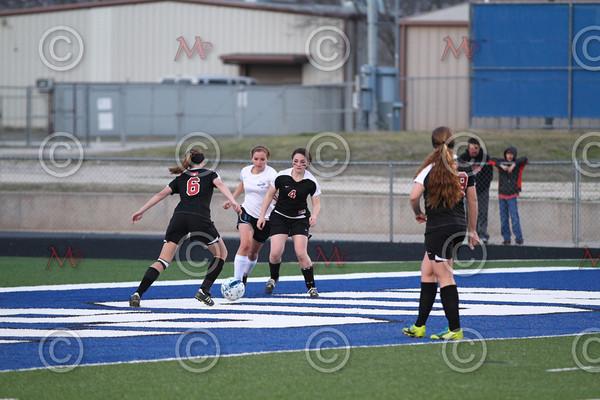 Robinson v Lorena soccer_0001