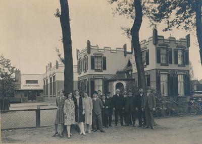 Leerkrachten en schoolbestuur, ca 1937