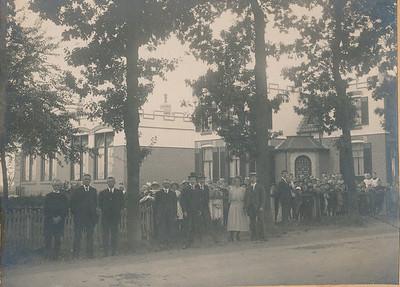 Leerkrachten en schoolbestuur, 1921