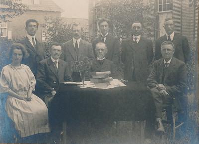 Leerkrachten en schoolbestuur, foto 1921