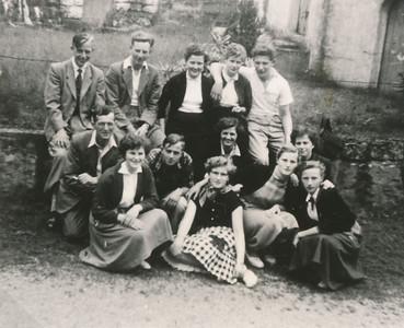 Reisje van de Jongelingenvereniging en Meisjesvereniging naar de Heilige Land-Stichting, ca. 1948