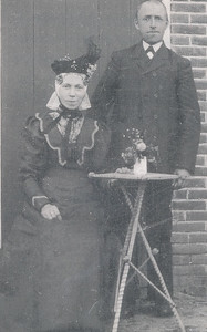 Tiem Egberts (1859-1927) en Knelsien de Weerd (1864-1943)