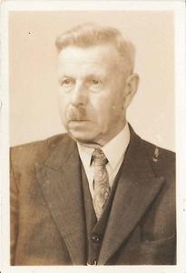 Lammert de Graaf (1884-1965) x Etten. Foto ca. 1950.