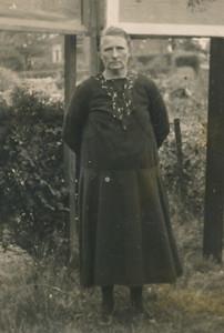 Sjoukien Dam-de Haas (1883-1961).