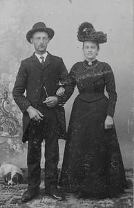 Dirk Jongejeugd (1881-1941) en Aafje Brouwer (1883-1944), foto ca. 1910.