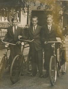 Wietse Jan Lendekamp (1930), Geert Kootstra Harmsz (1929) en Harm Haak (1931)