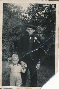 Jan Stevens (1862-1952) met kleinzoon Jan Stevens (1937)