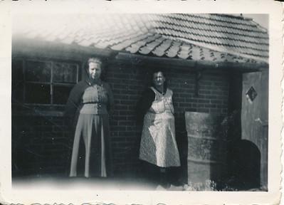 Oma Schepers en Oma van Tellingen en