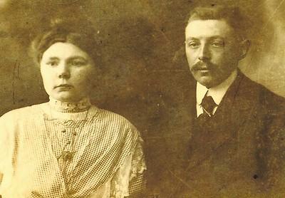 Roelf Veenhuizen (1887) en Hinderika Elsina Schreuder (1889-1975)