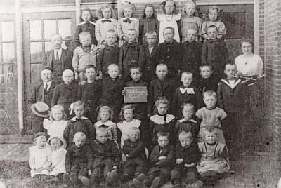 Schoolklas van school in Eesreveen