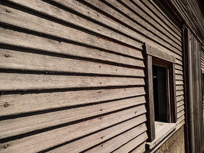 Although thoroughly weathered, the Schwarzbarn's west side is still straight and true.