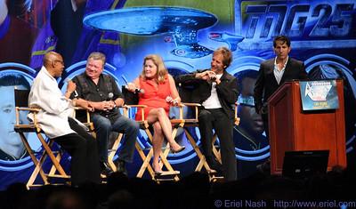 1StarTrekCon-Vegas-20120812-292